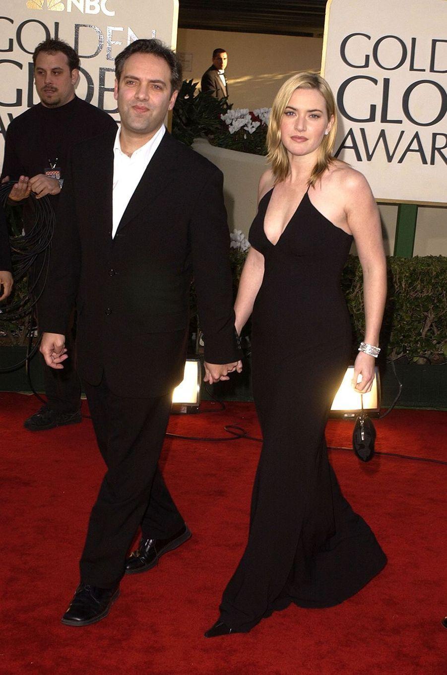 Kate Winslet (et son mari d'alors le réalisateur Sam Mendes) aux Golden Globes à Los Angeles en janvier 2002