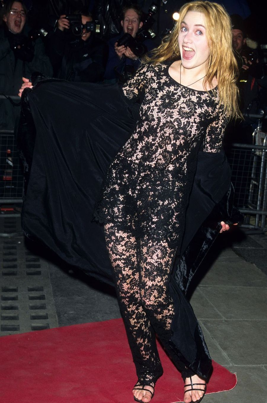 Kate Winslet à la première du film «Raison et Sentiments» à Londres en février 1996