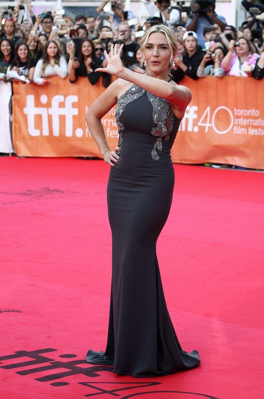 Kate Winslet à l'avant-première du film «Haute Couture» au Festival international du film de Toronto en septembre 2015