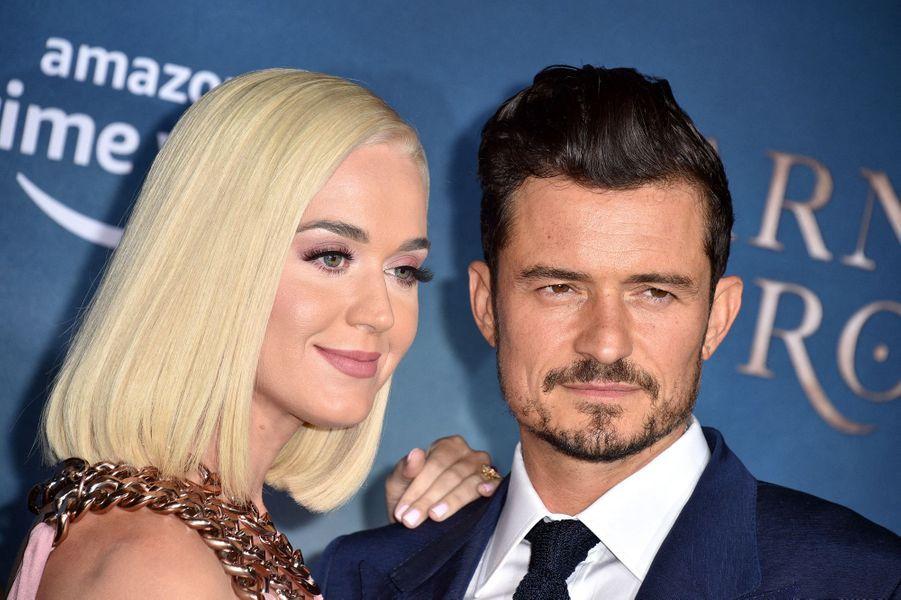"""Katy Perry et Orlando Bloomà la première de """"Carnival Row"""", le 21 août 2019 à Los Angeles."""