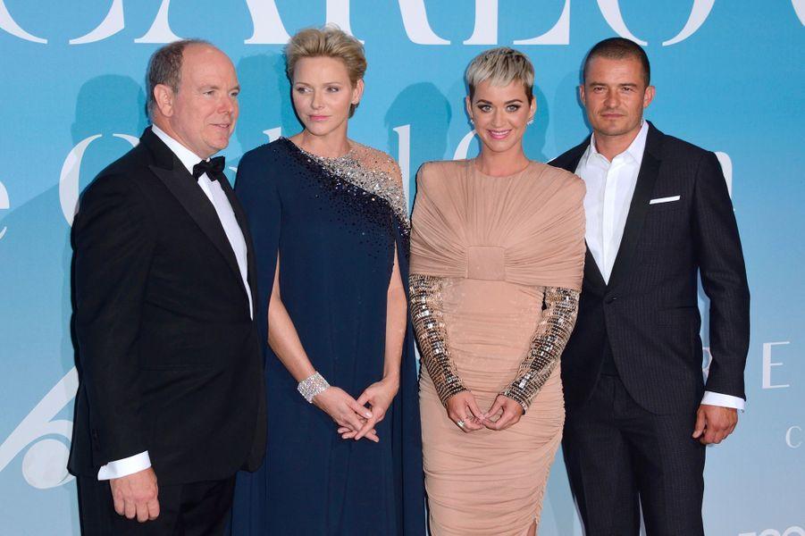 Orlando Bloom et Katy Perry avec le prince Albert et Charlène de Monaco au Gala for the Global Ocean, à Monte-Carlo, mercredi 26 septembre