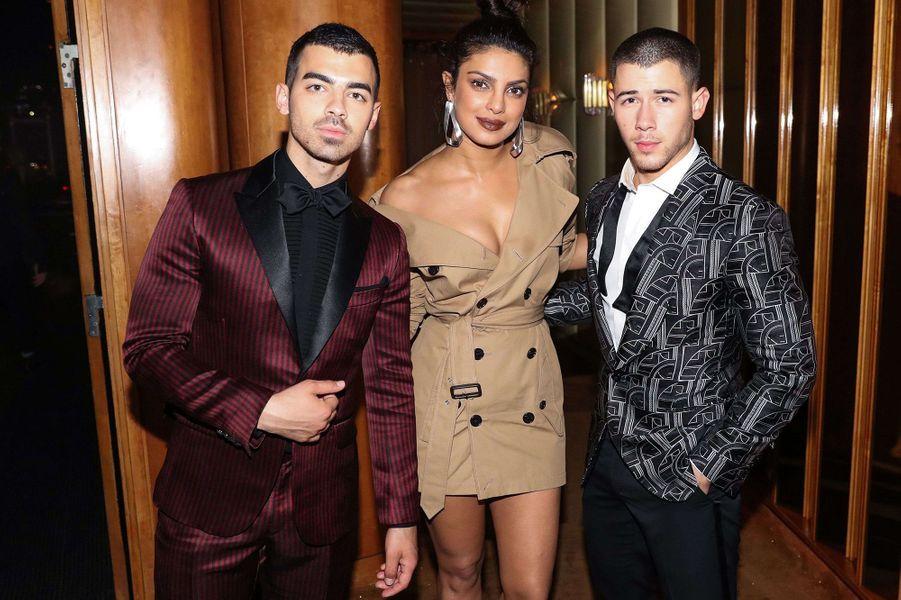 Priyanka Chopra, Nick et Joe Jonasà l'after-party du Met Gala 2017.