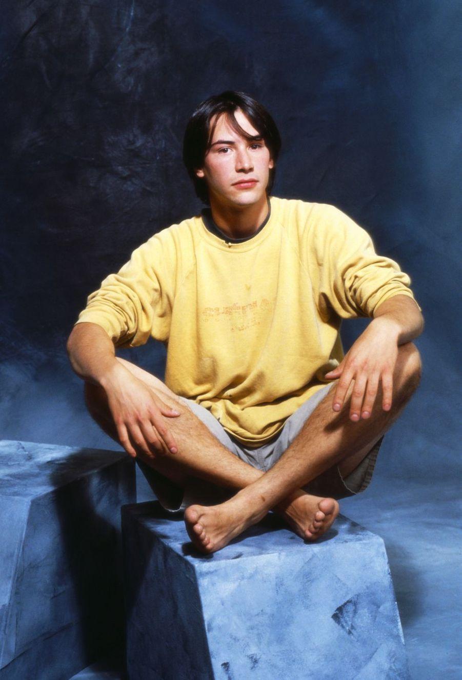 Keanu Reeves au début de sa carrière dans les années 1980