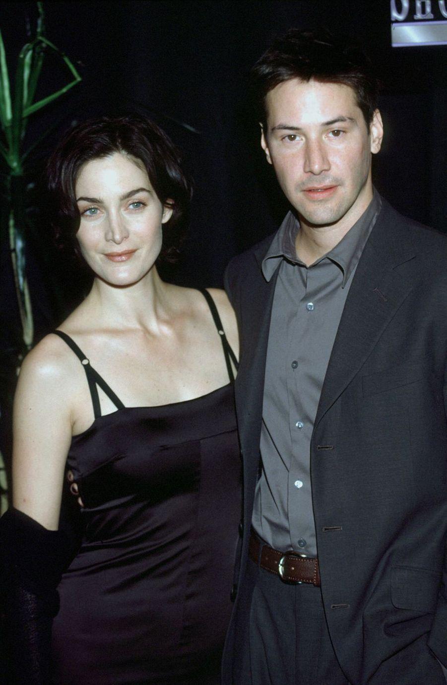 Keanu Reeves en 1999 avec Carrie-Anne Moss pour «Matrix»