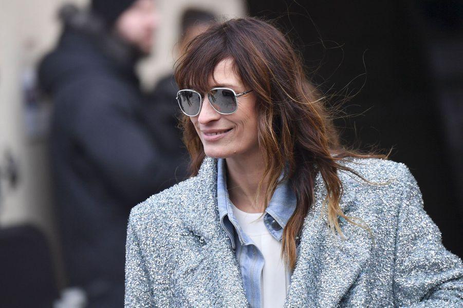 Caroline de Maigret au défilé Chanel, à Paris le 6 mars 2018