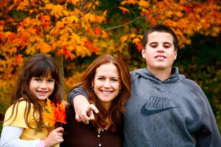 Une photo de famille diffusée lorsque leur fils Jett est décédé à l'âge de 16 ans, en janvier 2009.