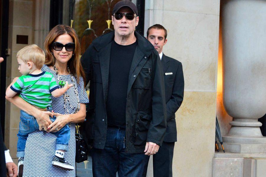 John Travolta et Kelly Preston avec leur fils Benjamin, en septembre 2012.