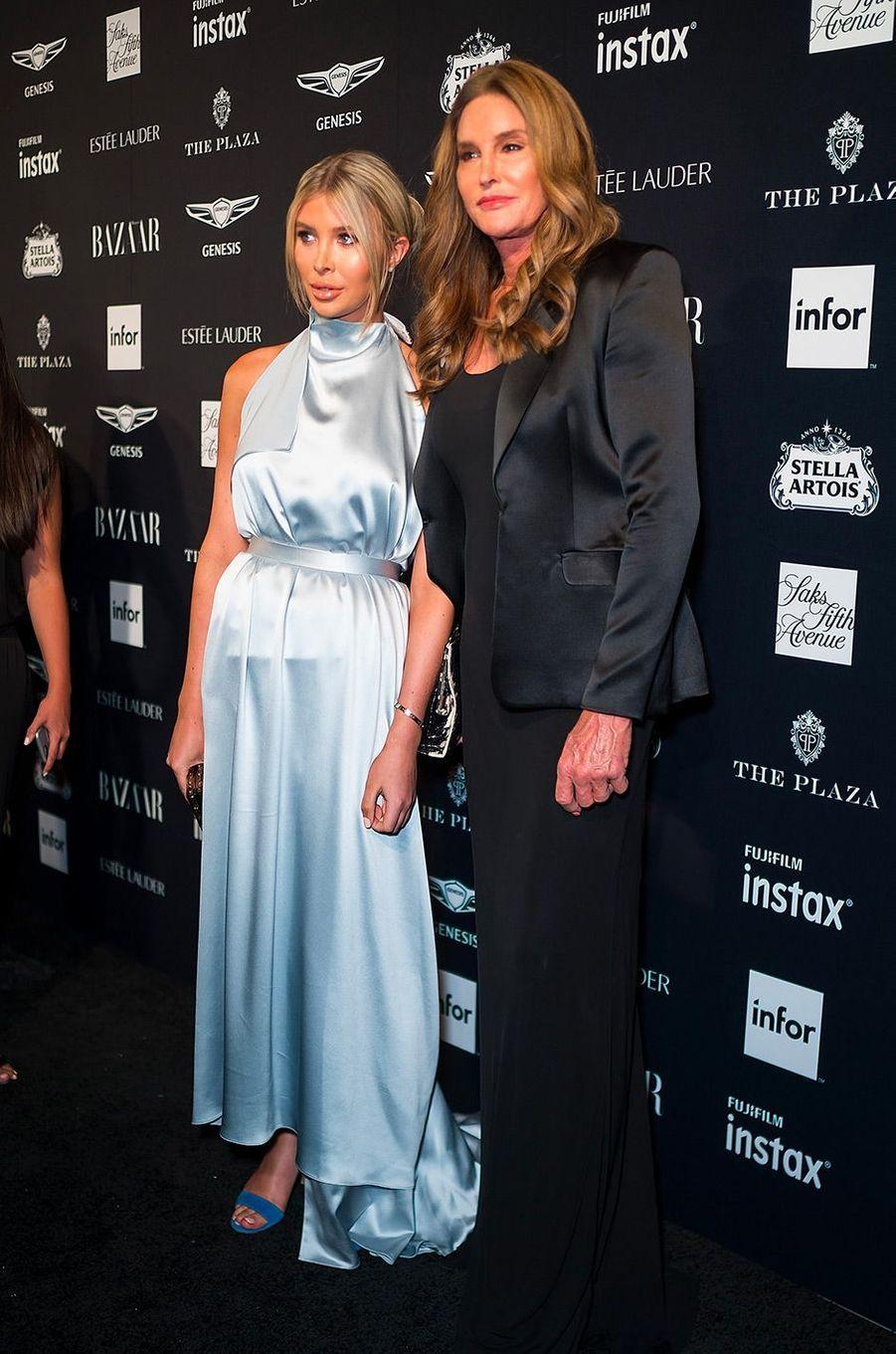Caitlyn Jenner et Sophia Hutchins à la soirée Harper's Bazaar Icons, vendredi 7 septembre