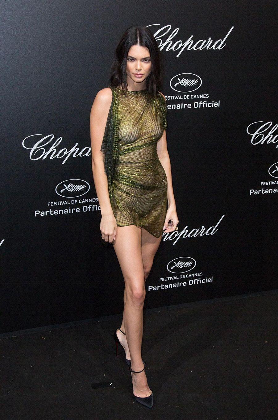 Kendall Jenner a osé la transparence à Cannes.