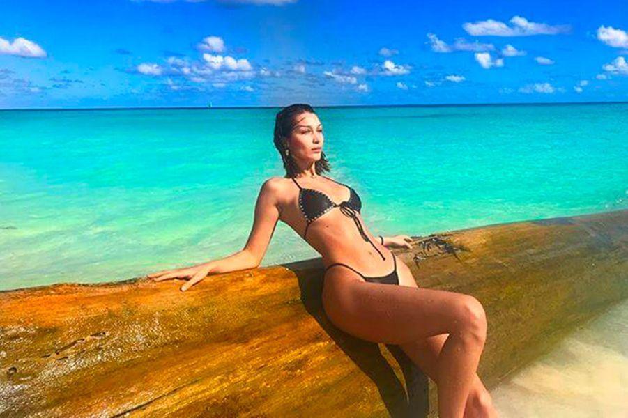 Bella Hadid en vacances aux Bahamas