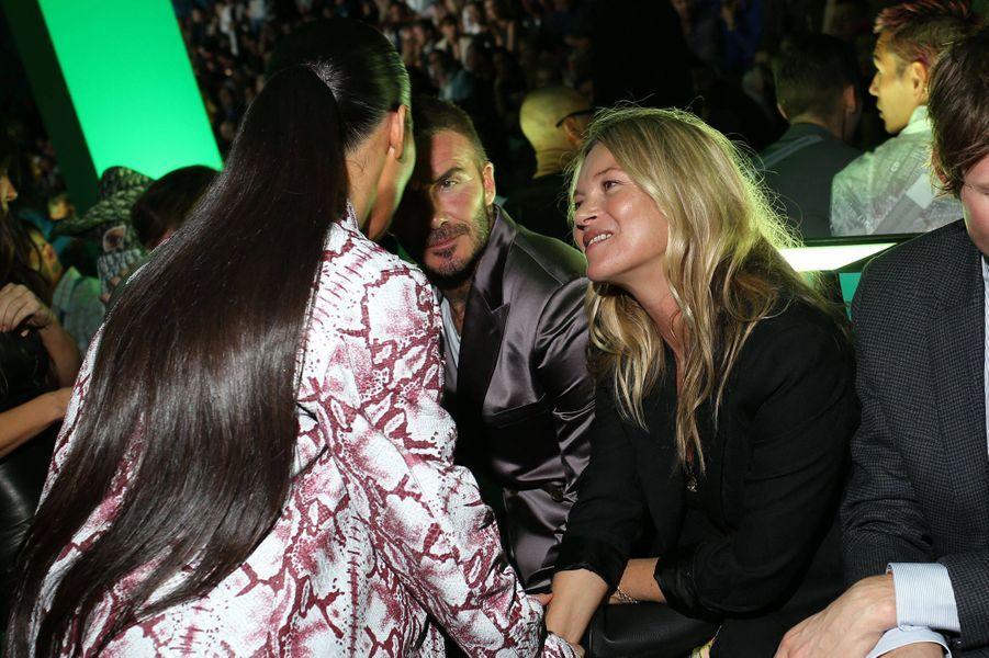 Kim Kardashian, Kate Moss et David Beckhamlors du défilé automne-hiver 2020 Dior à Miami le 3 décembre 2019.