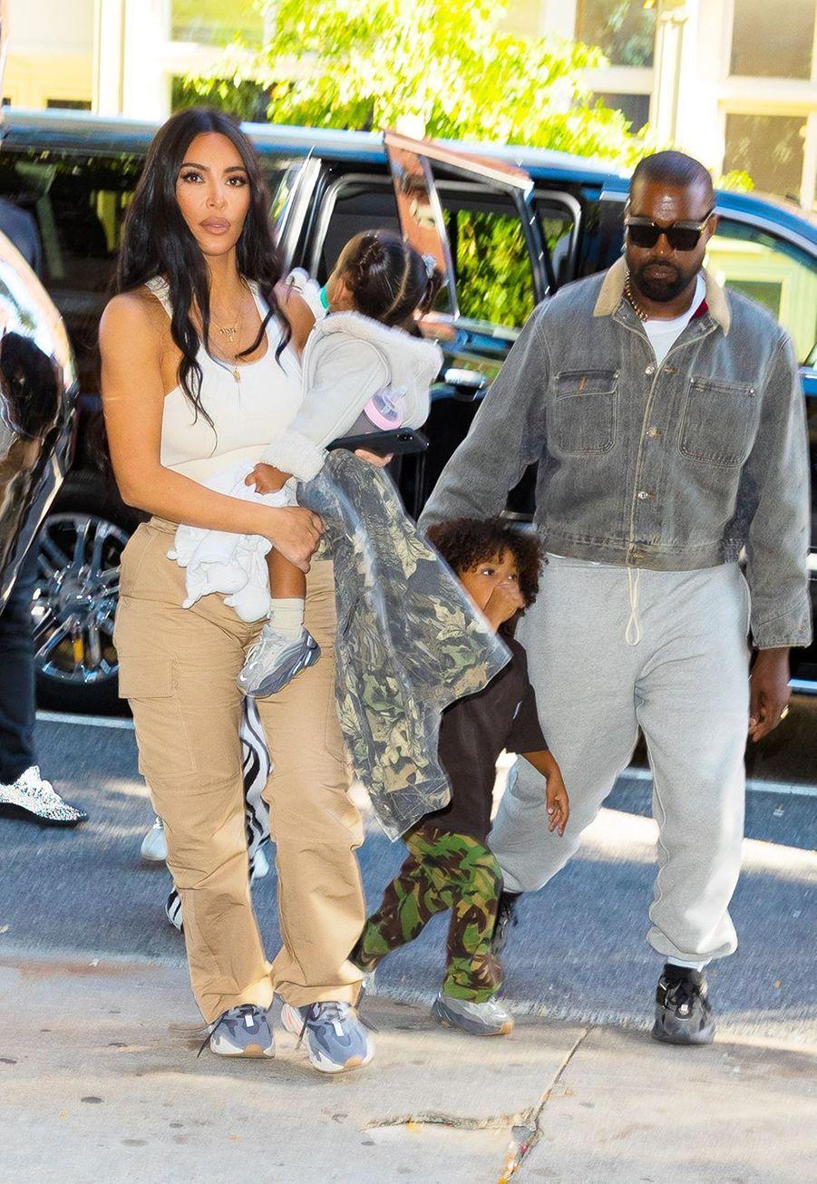 Kim Kardashian, Kanye West et leurs enfants à New York le 29 septembre 2019