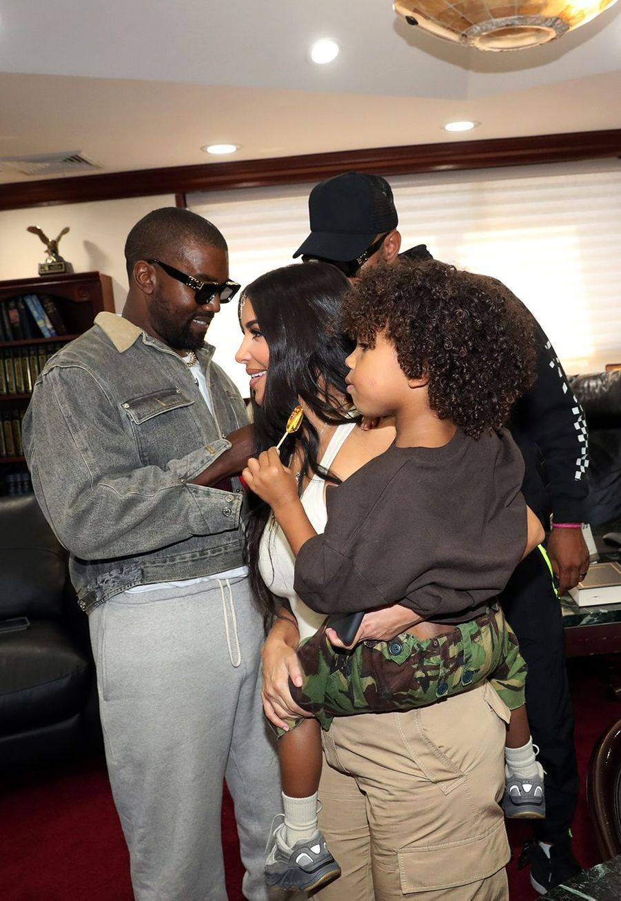 Kim Kardashian, Kanye West et leur fils Saint à New York le 29 septembre 2019