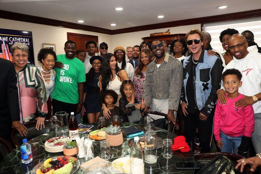 Kanye West, Kim Kardashian et leurs prochesà lacathédrale Greater Allen de New Yorkle 29 septembre 2019