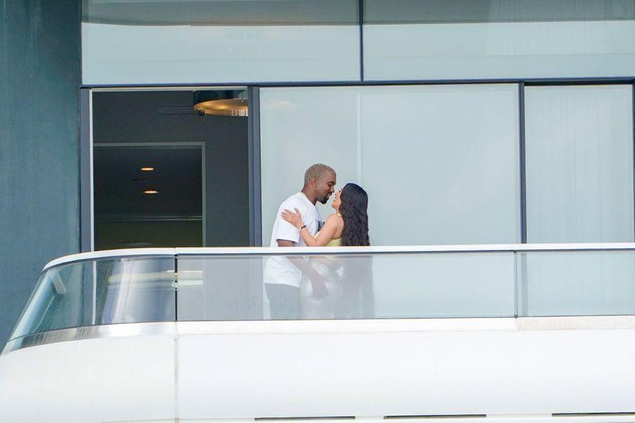 Kim Kardashian et Kanye West à Miami le 4 janvier 2018