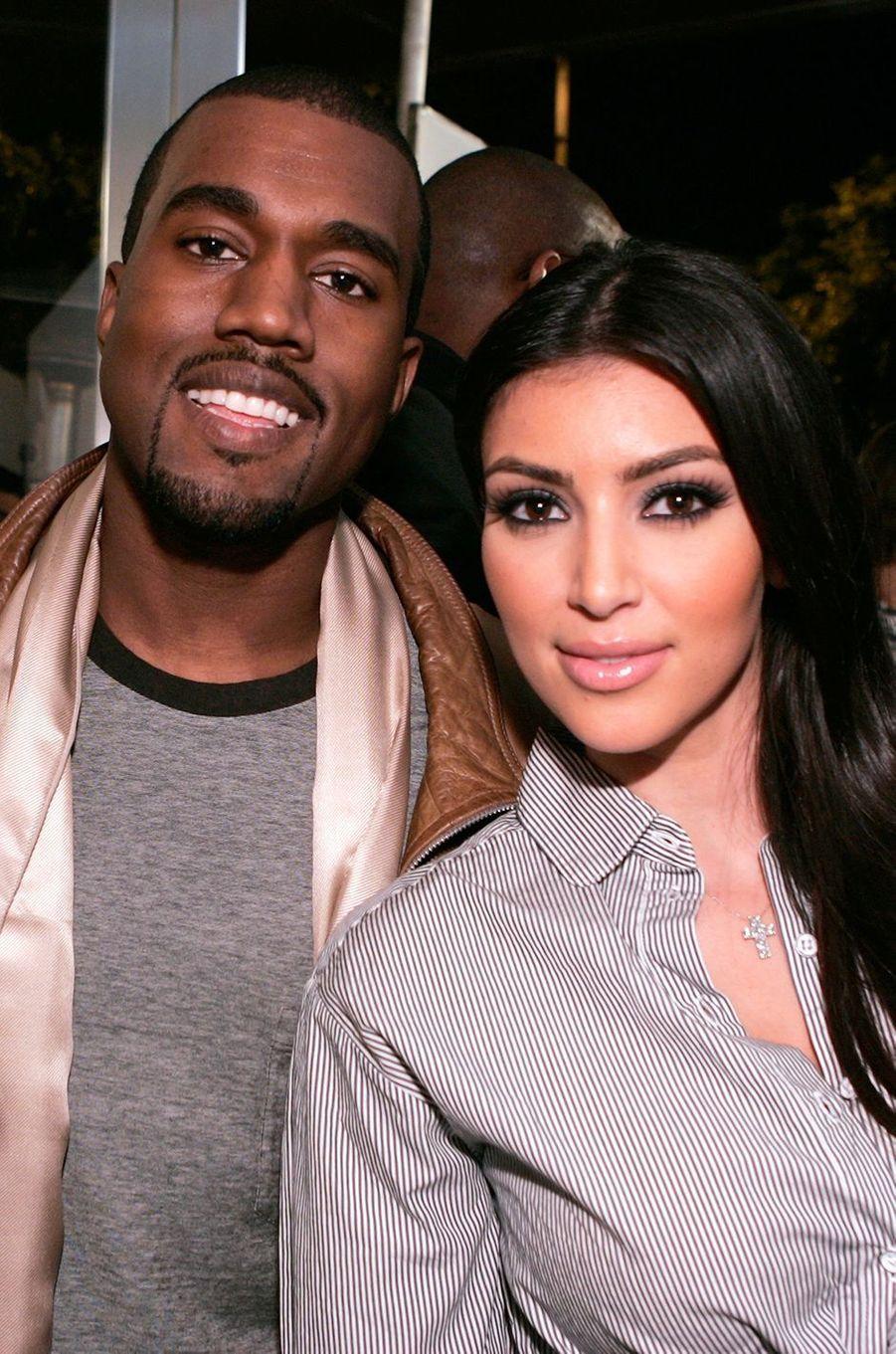 Kanye West et Kim Kardashian lors d'un événement à Los Angeles en septembre 2007