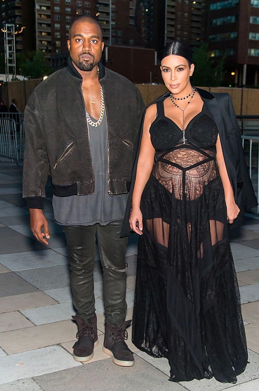 Kim Kardashian, enceinte de Saint, et Kanye West en septembre 2015