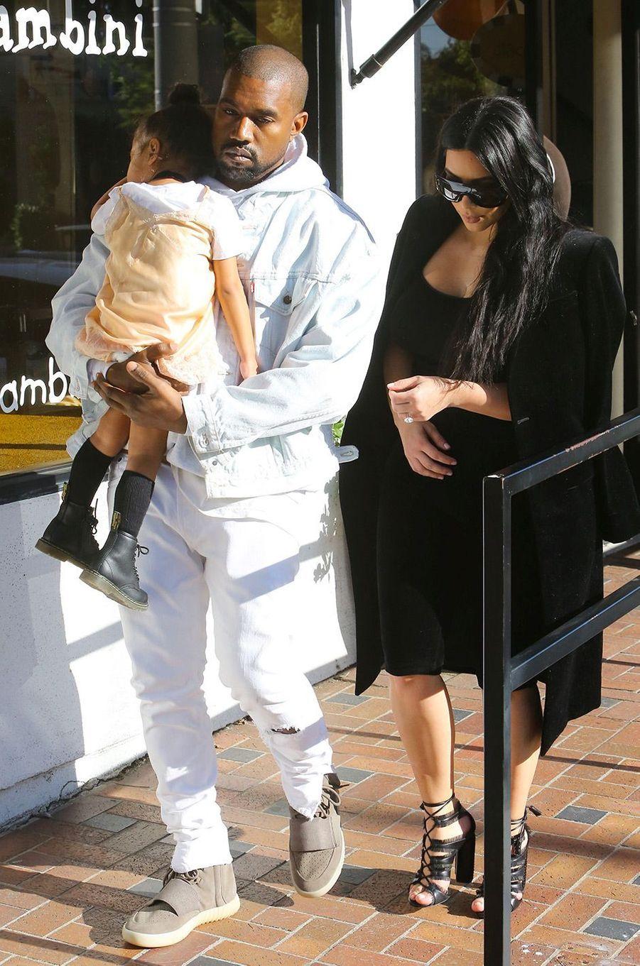 Kim Kardashian, Kanye Westet leur fille North en février 2016