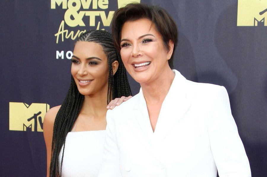 Kim Kardashian et Kris Jenner aux MTV Movie Awards le 16 juin 2018