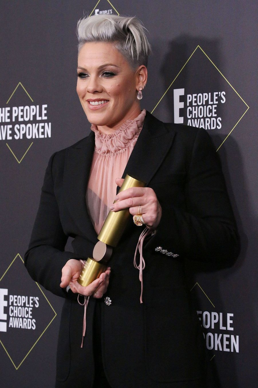 Pink à la 45ème cérémonie des People's Choice Awards, à Santa Monica (Californie), le 10 novembre 2019.