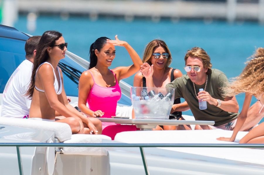 Kim Kardashian et ses amis à Miami