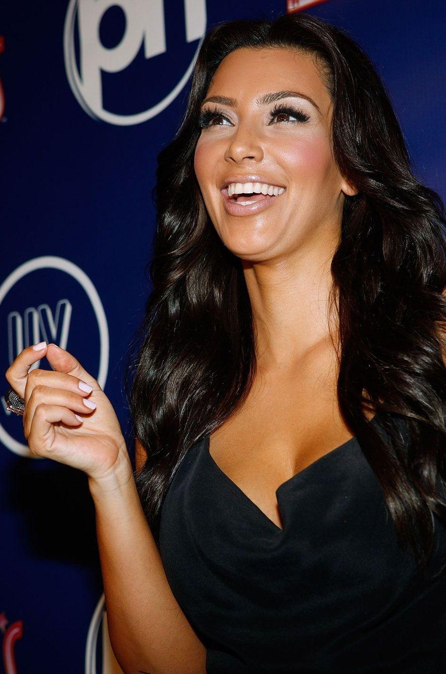 Kim Kardashian en soirée à Las Vegas.