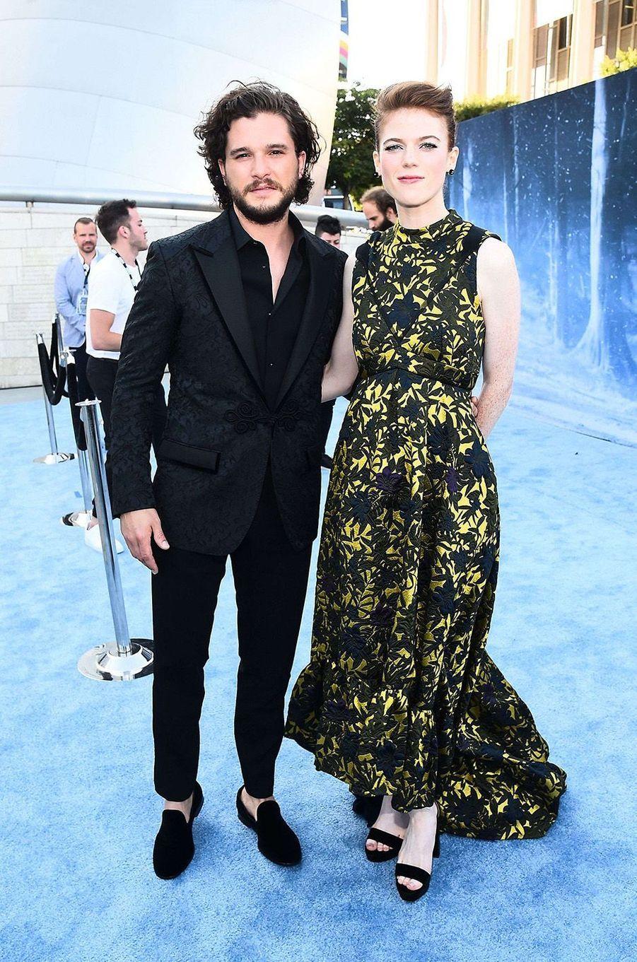 Kit Harington et Rose Leslie, deux amoureux à Los Angeles, le 12 juillet 2017.