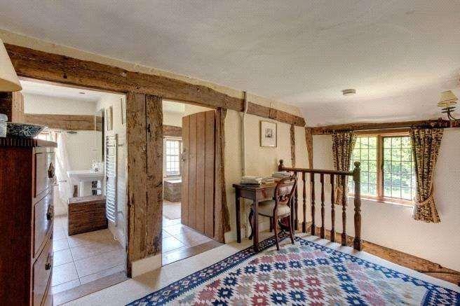 Le nid d'amour de Kit Harington et Rose Leslie en plein coeur de la campagne anglaise.