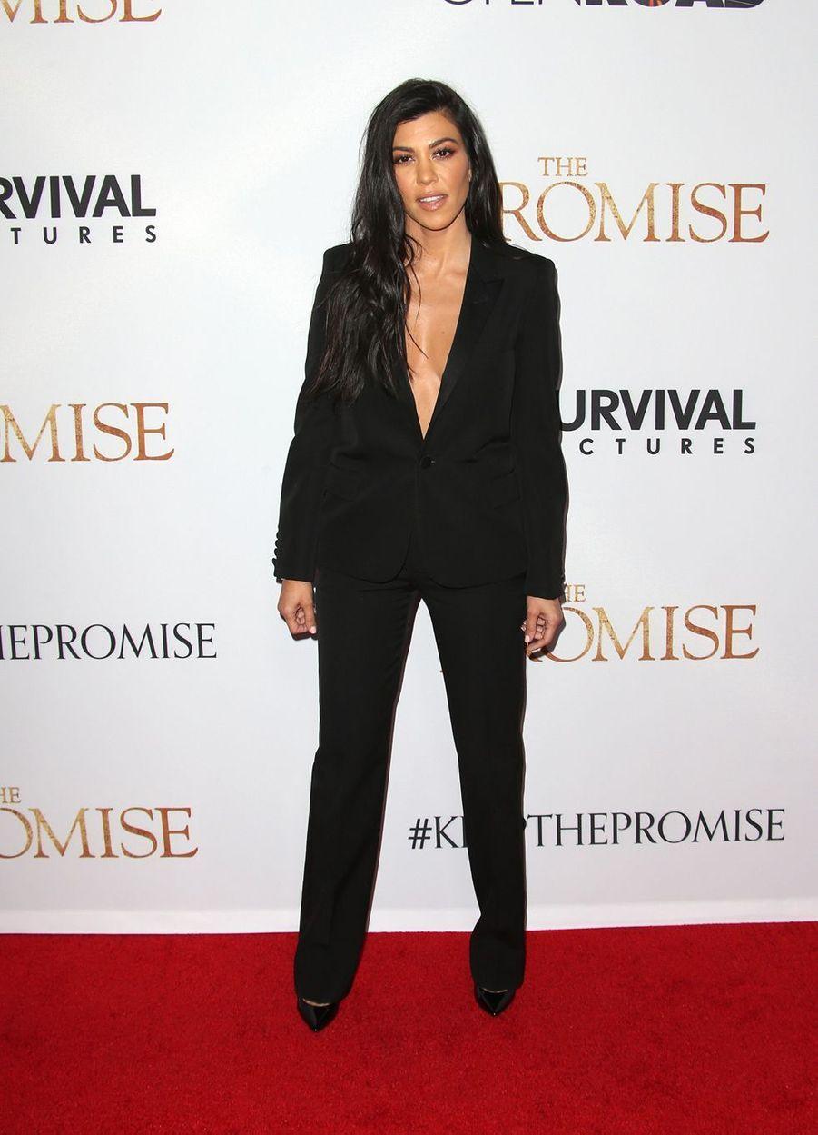 Kourtney Kardashian à la première du film «The Promise» à Hollywood le 12 avril 2017