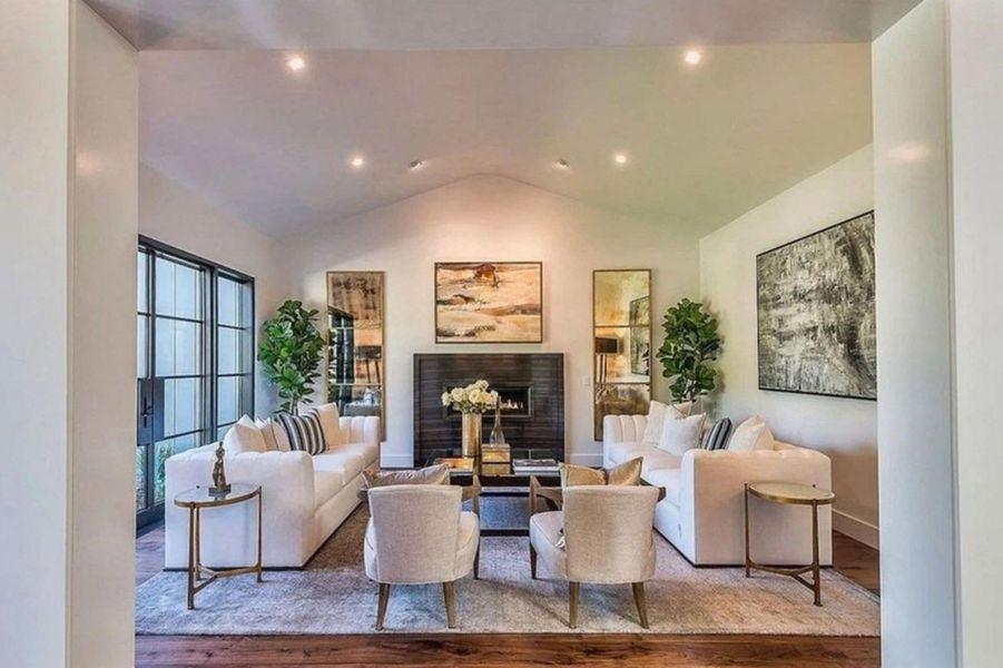 Kris Jenner a vendu sa maison de Hidden Hills à 15 millions de dollars.