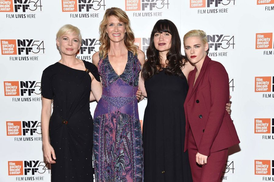 Kristen Stewart avec Michelle Williams, Laura Dern et Lily Gladstone