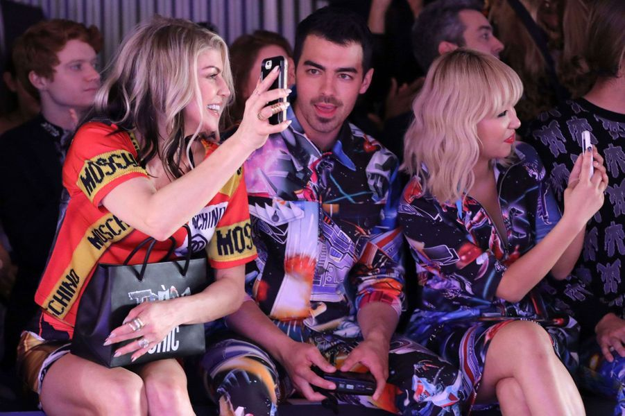 Fergie , Joe Jonas et JinJoo Lee