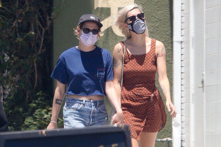 Kristen Stewart et Dylan Meyer à Los Angeles le 12 juillet 2020