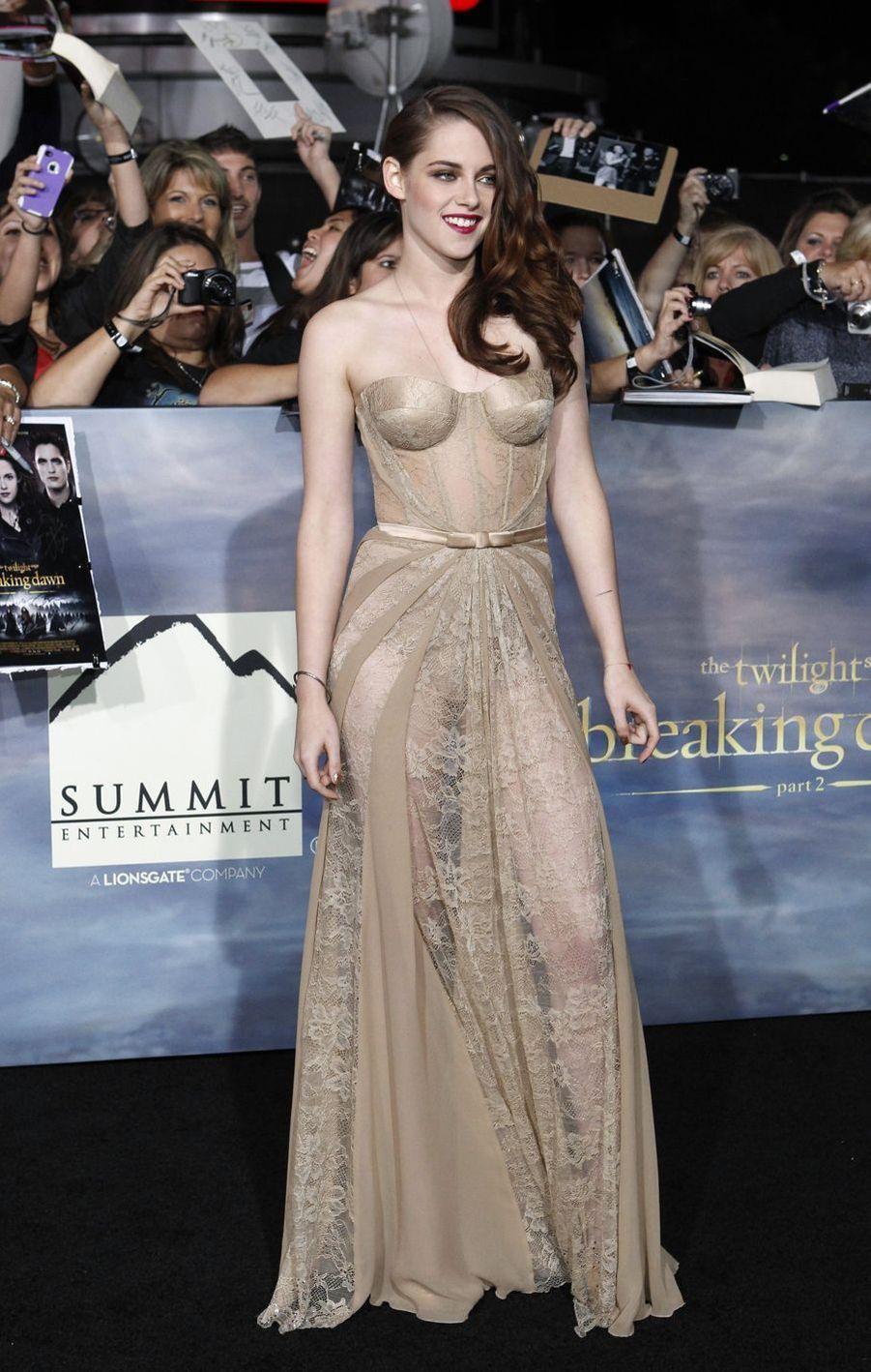 Kristen Stewart à Los Angeles, le 12 novembre 2012