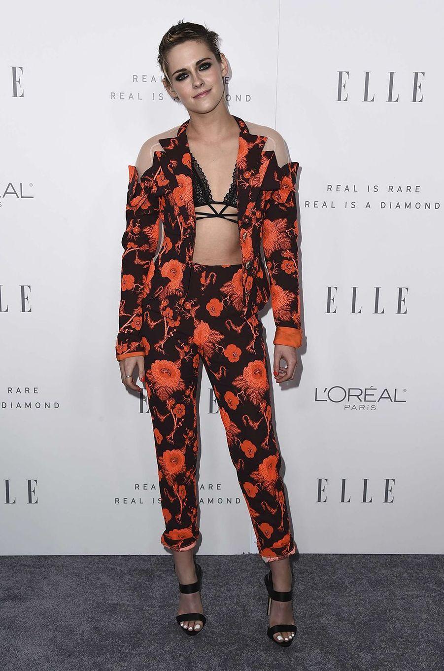 Kristen Stewart chic et sexy lors de la soirée ELLE, à Los Angeles, le 16 octobre 2017.