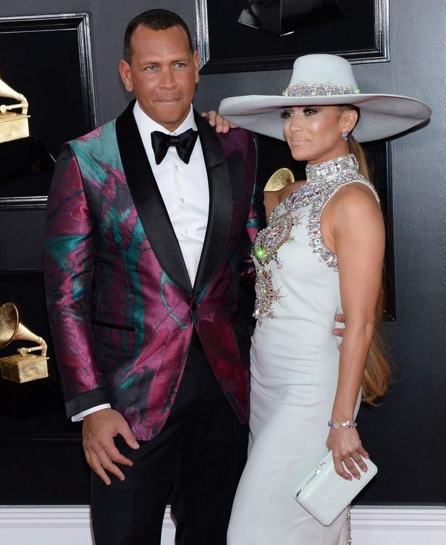 Jennifer Lopez et son compagnon Alex Rodriguezsur le tapis rouge des Grammy Awards à Los Angeles le 9 février 2019