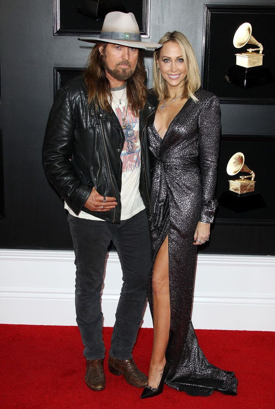 Billy Ray et Tish Cyrus sur le tapis rouge des Grammy Awards à Los Angeles le 9 février 2019