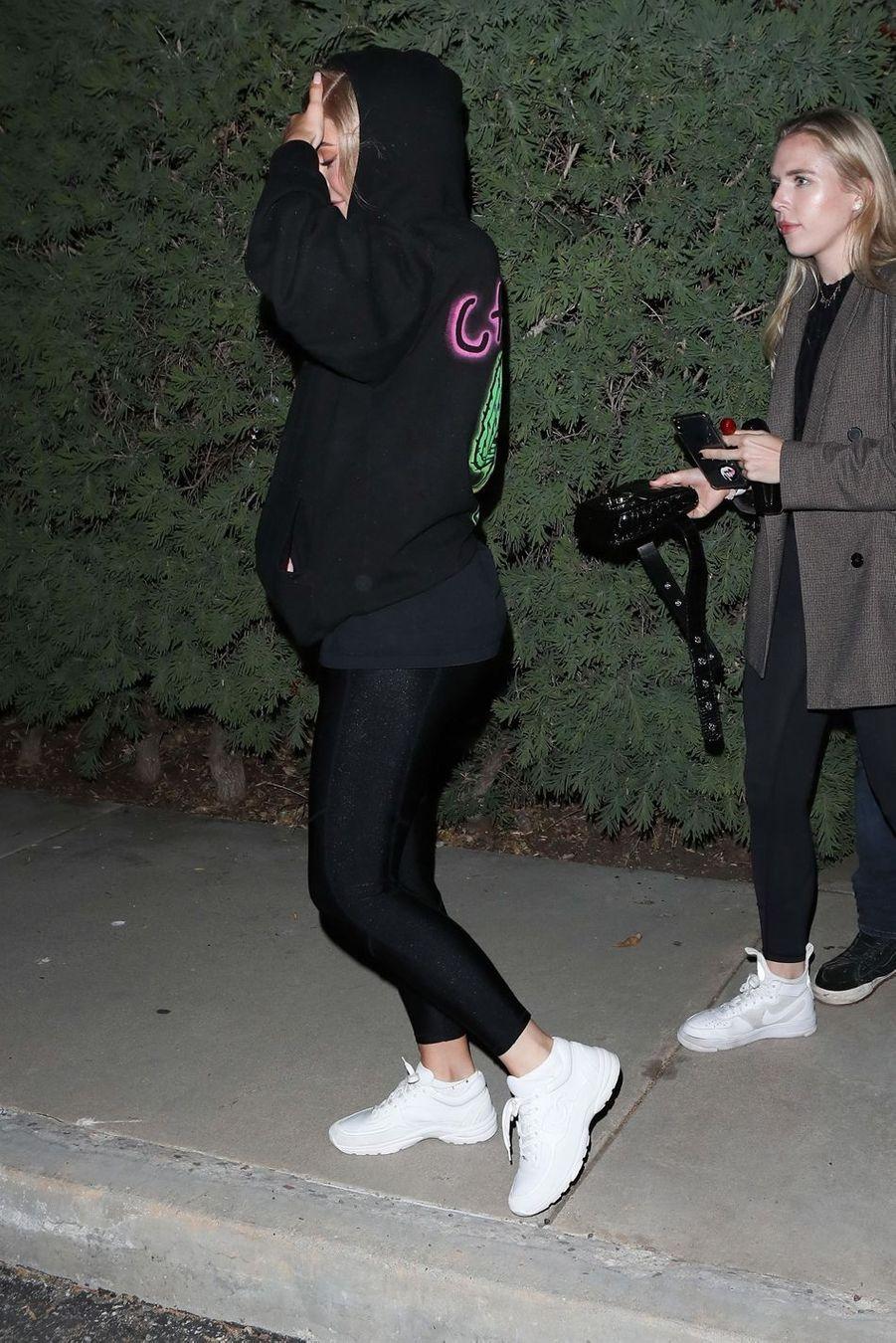 Kylie Jenner à la sortie d'un cinéma à Los Angeles le 25 avril 2019
