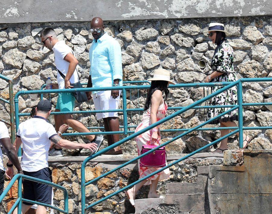 Kylie Jenner, Travis Scott, Kris Jenner et Corey Gamble à Capri le 8 août 2019