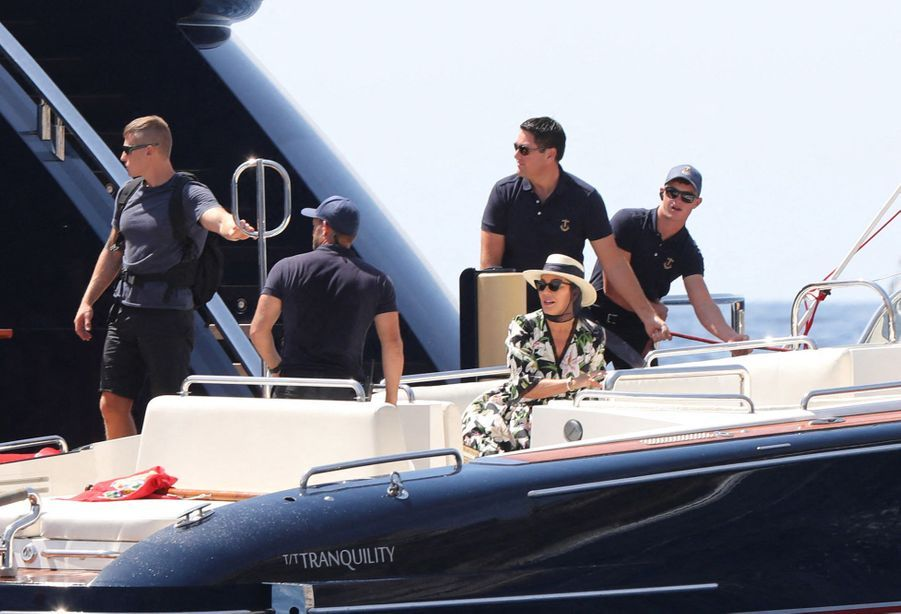 Kris Jenner au large de Capri le 8 août 2019