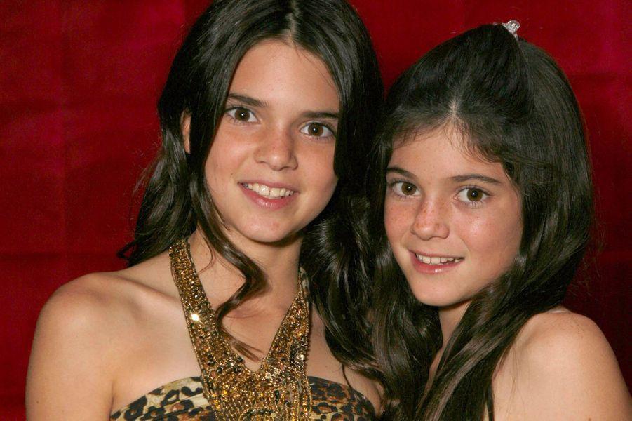 Kylie Jenner avec sa sœur Kendall en 2007