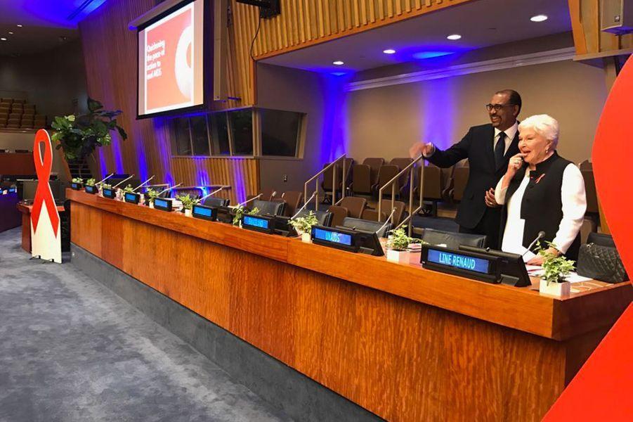 Line Renaud, jeudi à l'ONU. Très émue, elle s'apprête à prononcer son discours.
