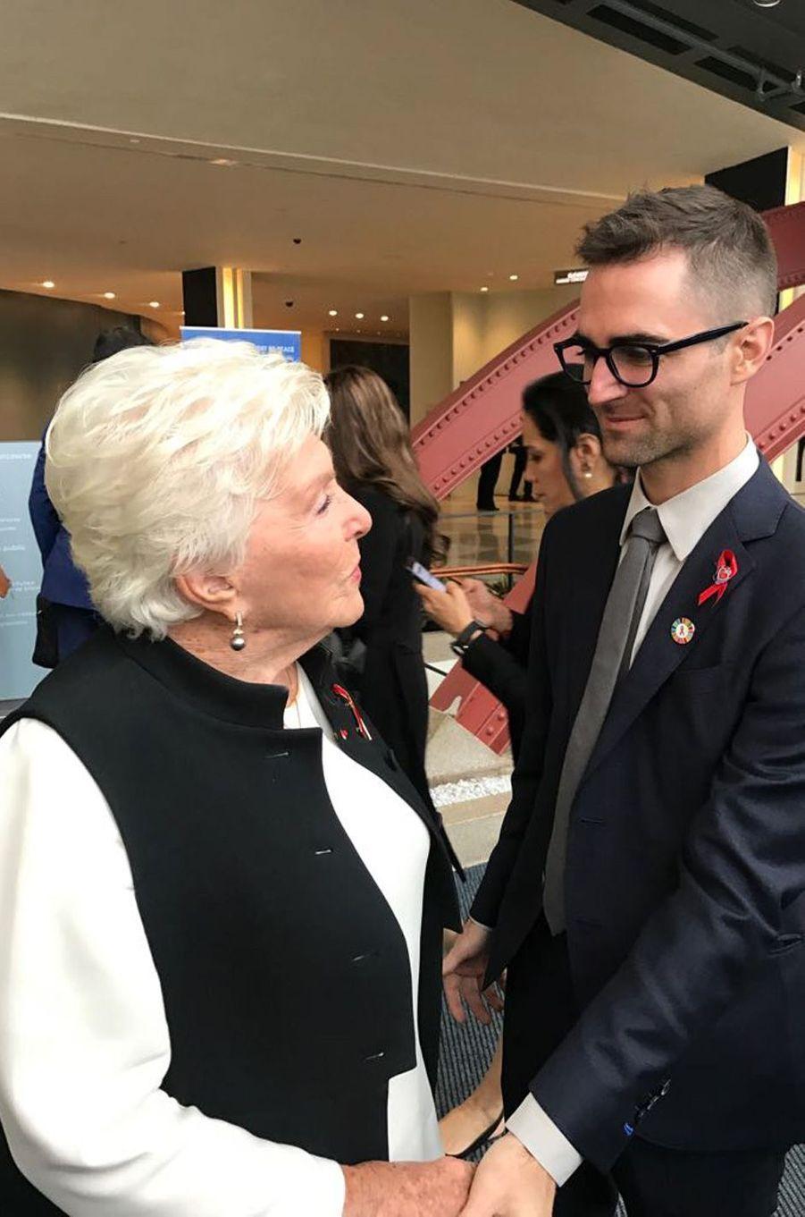 A la sortie de son discours, Line Renaud a rencontré le petit fils d'Elizabeth Taylor, Quinn Tivey.