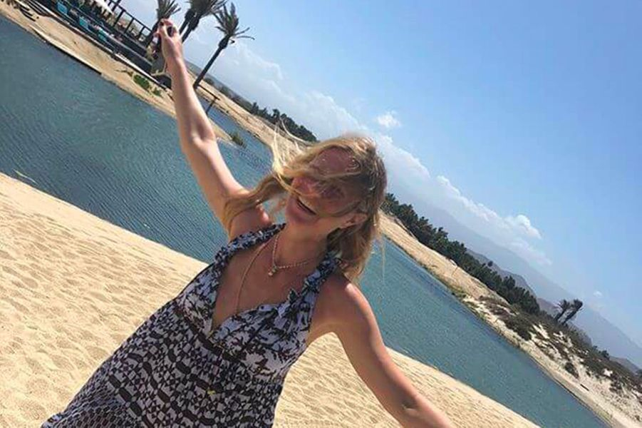 Gwyneth Paltrow à Cabo San Lucas (Mexique) pour son enterrement de vie de jeune fille
