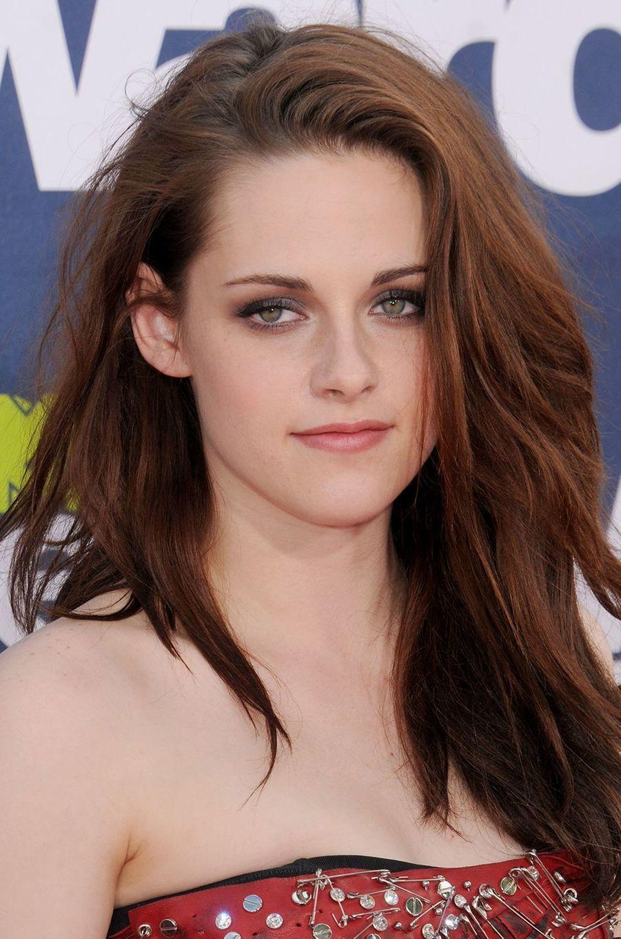 Kristen Stewart aux MTV Movie Awards à Los Angeles en juin 2011