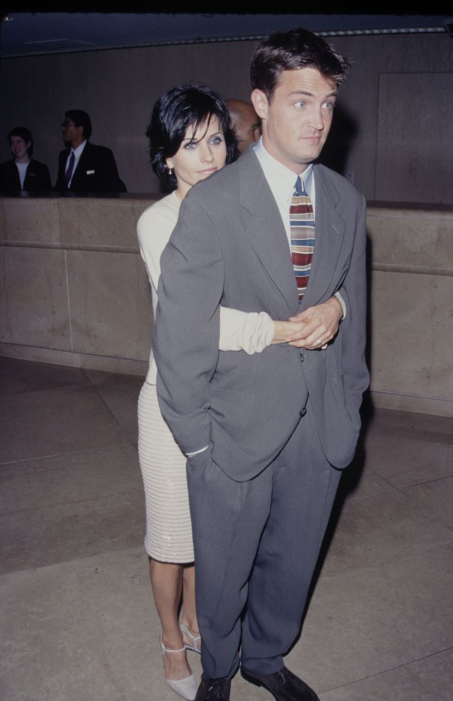 Matthew Perry et Courtney Cox en 1997
