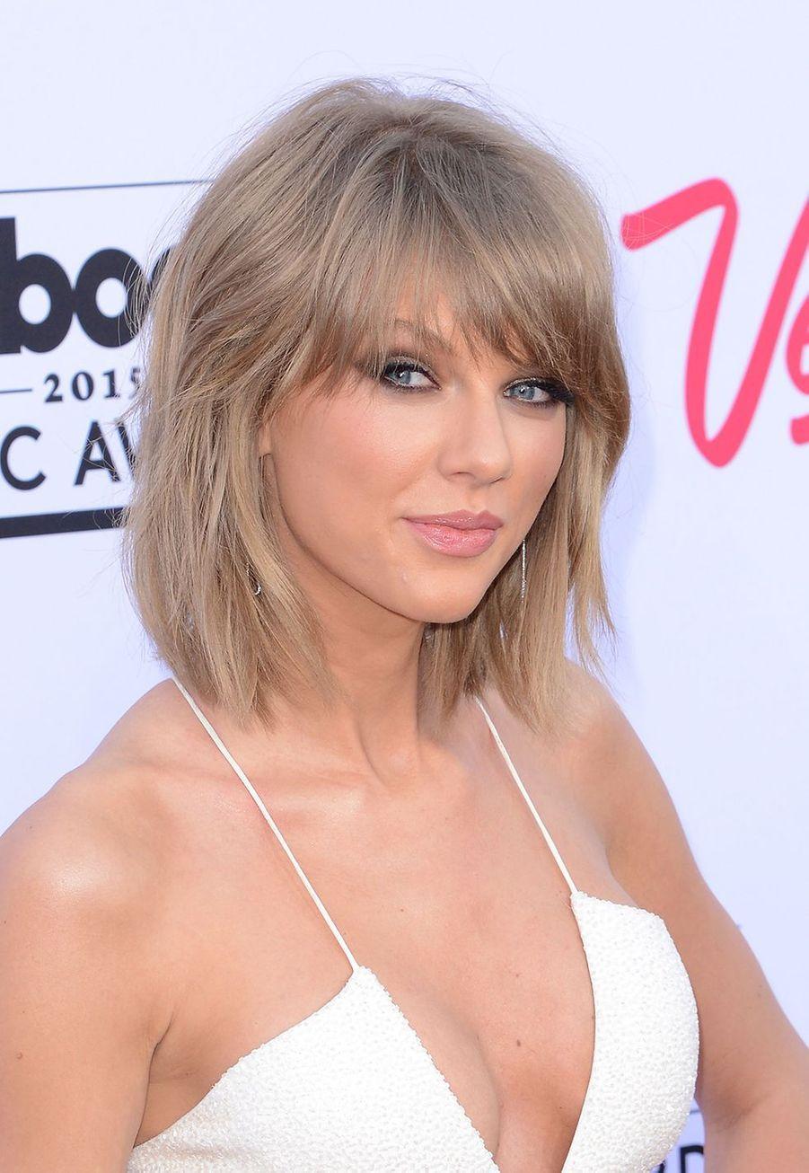 Taylor Swift lors de la cérémonie des Billboard Music Awards à Las Vegas le 17 mai 2015