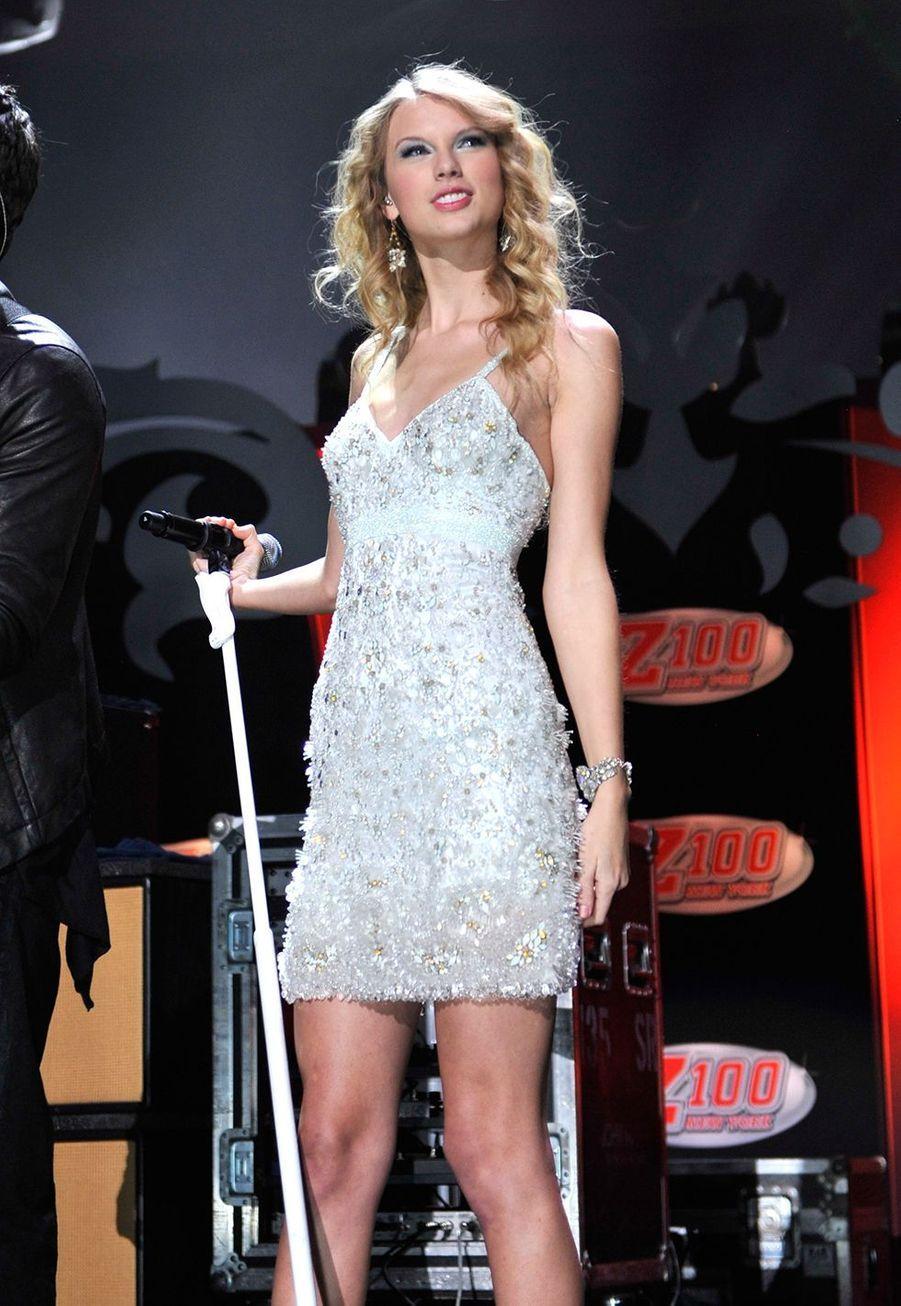 Taylor Swift lors du concert Z100's Jingle Ball à New York le 11 décembre 2009