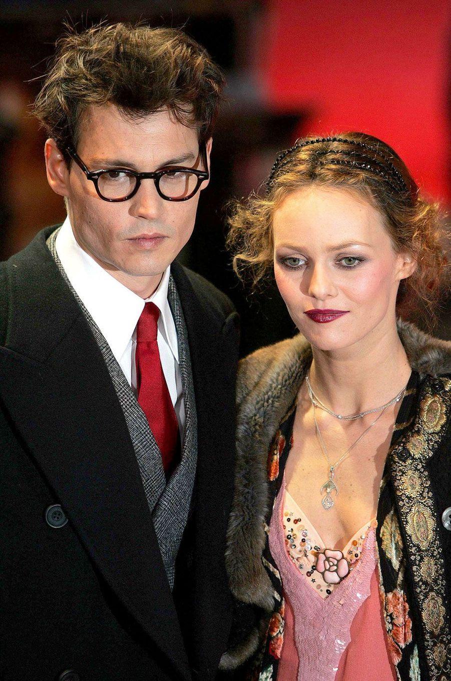 Johnny Depp, avec Vanessa Paradis, en 2004