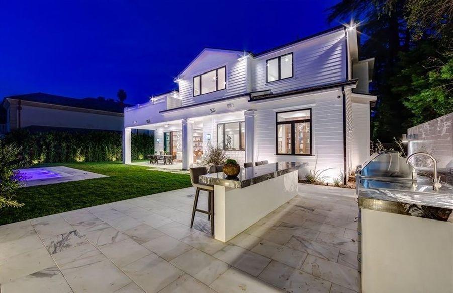 Tristan Thompson, l'ex de Khloé Kardashian, a dépensé 6,5 millions de dollars pour cette villa située dans le quartier d'Encino à Los Angeles